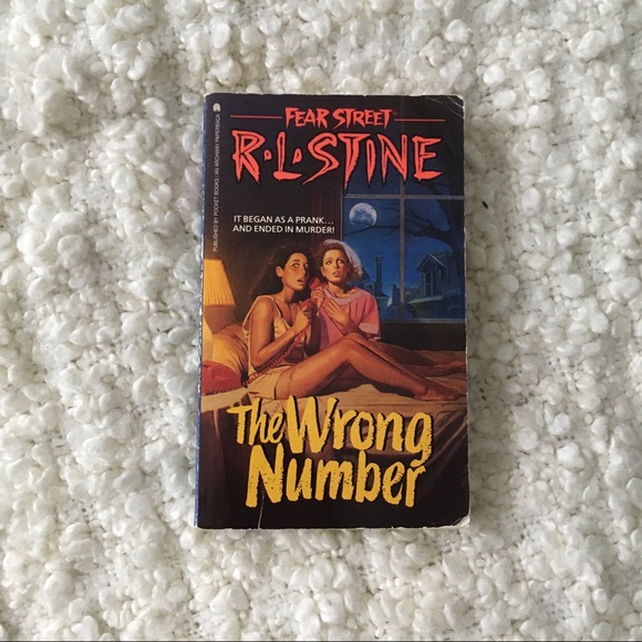 R L Stine Fear Street #5 The Wrong Number book